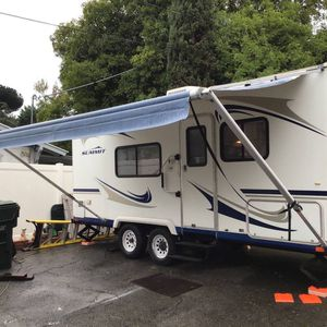 Thor Summit 22RB Travel Trailer for Sale in San Diego, CA