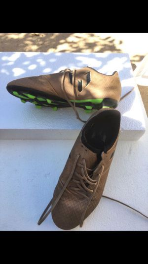 Kids outdoor soccer player shoes $10, Firm price for Sale in Burbank, CA