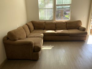 Sectional Couch for Sale in Costa Mesa, CA