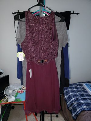 Windsor 2 piece dress for Sale in Sudley Springs, VA