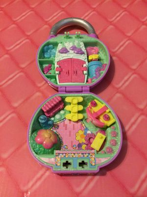 Toy shopkins secret lock playset pretty petals rare glitter special finish for Sale in Walkersville, MD