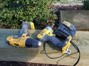 Dewalt 20v cordless drill set for Sale in Nashville, TN