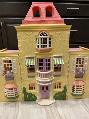 Fisher Price Loving Family Grand Mansion DollHouse for Sale in Herndon, VA