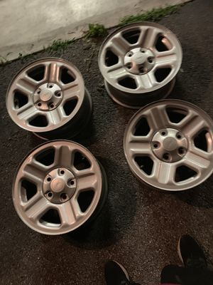 16 in 5x5 Jeep rims for Sale in Bluewell, WV