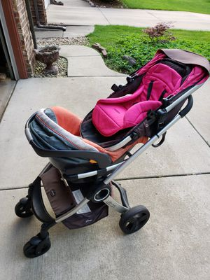 Baby Stroller, car seat and jumper for Sale in Mount Prospect, IL