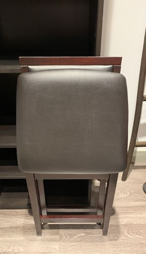 Fold up bar stools! I have two to sell! Counter height! MUST GO BY 1/17! for Sale in Phoenix, AZ