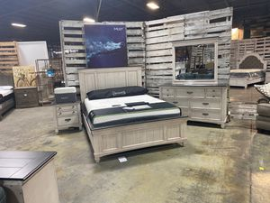 Queen bed frame special limited time only! Was $714 now only $352 take home with only $40 down! for Sale in La Vergne, TN