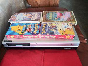 Es el equipo de VHS y dvd y como cerca de 80 películas por 125 bajado de 250 por mudansa for Sale in Miami, FL