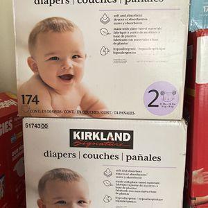 Kirkland Size 2 Diapers 174 Count for Sale in La Habra, CA