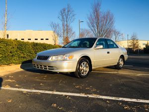 2001 Toyota Camry LE Excellent condition, no check engine light, cold AC and hot heat, sun roof, clean in and out drives like a champ, everything for Sale in Sterling, VA