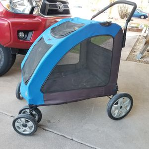 Dog Or Cat Pet Stroller 1 Broken Wheel (Still Rolls) ONLY $25 for Sale in Tempe, AZ