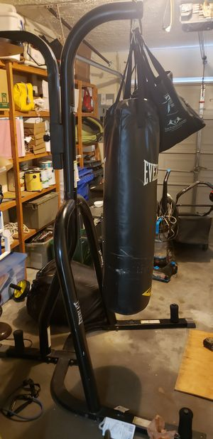 Everlast Heavy Punching bag for Sale in Tampa, FL