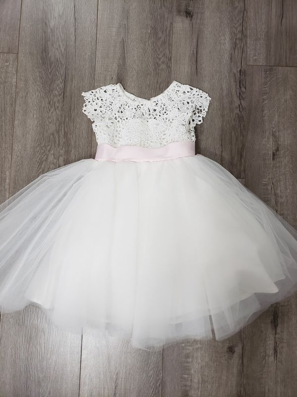 flower baby girl dress - worn for 30 min