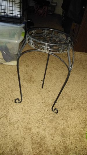 Metal plant stand for Sale in Wichita, KS