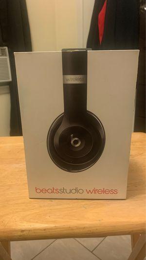 Beats studio wireless for Sale in Dearborn, MI