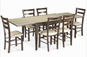 Extendable dining table with 4 chairs for Sale in Miami, FL