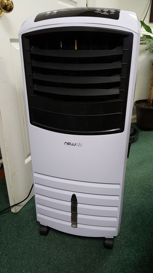 Newair Evaporative Air cooler AF 1000W Swamp Cooler for Sale in Fairfax, VA