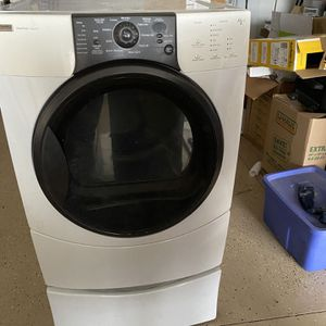 Kenmore Electric Dyer for Sale in Nipomo, CA