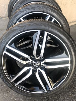 Rims and tires 19x8 5x114 for Honda acord sport civic crv for Sale in Santa Ana, CA