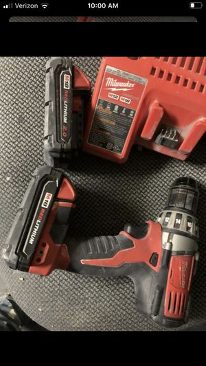 """Milwaukee M18. Cordless 1/2"""" Compact Drill/Driver 2 batteries and dual charger for Sale in Gilbert, AZ"""