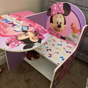 Minnie Mouse Desk/chair for Sale in Colton, CA