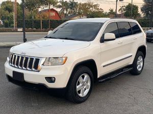 2012 Jeep Grand Cherokee Laredo . Powered by a 3.6 Liter Pentastar V6 305hp , low miles 75k, Clean title, Titulo Limpio, ⚠️ FINANCE AVAILABLE ⚠️ for Sale in Norwalk, CA