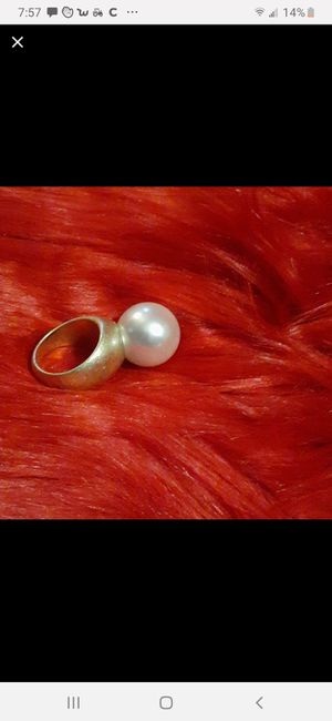 Stand up pearl ring for Sale in St. Louis, MO