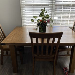 Nice All Wood Dining Table With 4 Chairs for Sale in Powder Springs, GA
