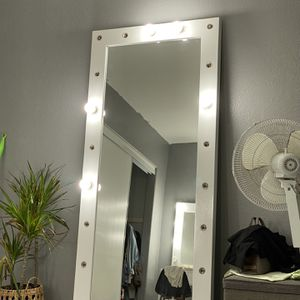Body Mirror for Sale in Huntington Beach, CA