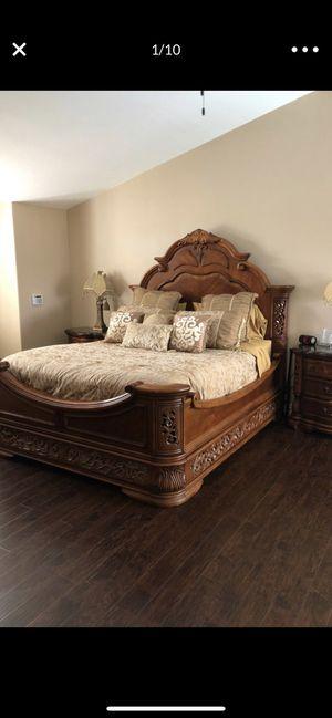 Aico queen full bedroom set for Sale in Poway, CA