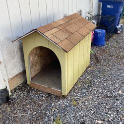 Large Breed Dog House for Sale in Sandy,  OR