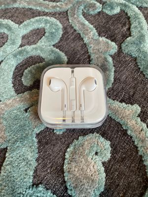 APPLE Earpods *NEW NEVER OPENED for Sale in Austin, TX