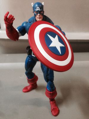 ToyBiz Marvel Legends Face-Off Captain America!! for Sale in Fontana, CA