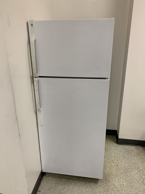 GE refrigerator freezer for Sale in Orange, CA