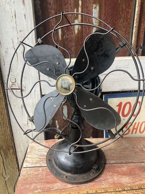 Fabulous antique fan for Sale in Ridgefield, WA