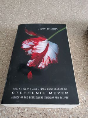 Twilight New Moon Book for Sale in Queens, NY