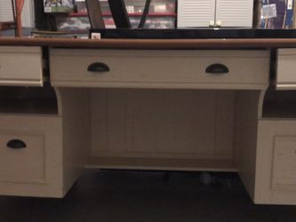 Office Desk for Sale in Pompano Beach,  FL