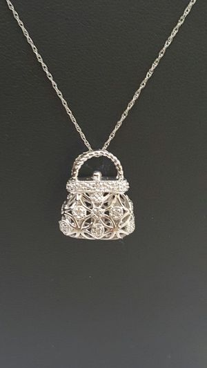 10k white gold chain pendant with diamond for Sale in Philadelphia, PA