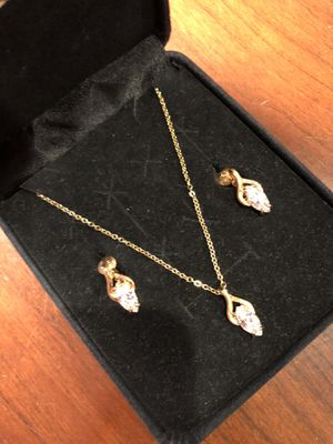 Wedding Jewelry Gold Tone 14K HGE Plated Diamond Necklace and Earring Set for Sale in Feasterville-Trevose, PA