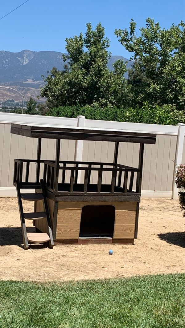 """Dog house for any size dog The opening is 20"""" x 18"""" inside width is 49"""" x 36"""""""
