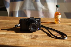 Sony Camera rx100 ii for Sale in Chicago, IL