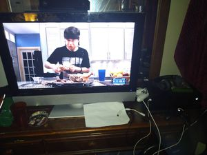 Xbox one and tv 32in and 4 games headphones two controllers for Sale in Grayson, GA