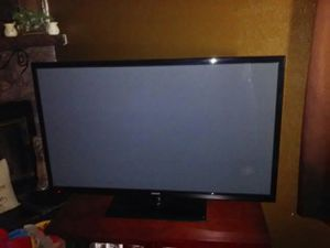 55 in plasma tv and a five piece patio set 200 for patio set and 150 for tv for Sale in Sioux City, IA