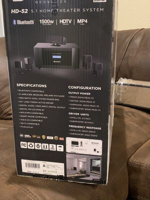 Projector with screen and surround sound for Sale in Amarillo, TX