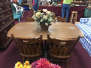 Table & 4 Chairs for Sale in Big Rapids, MI