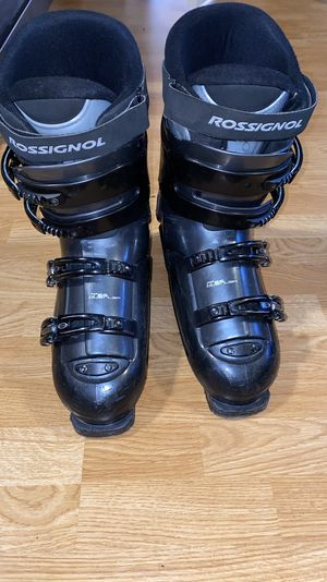 Rossignol ski boots size 335mm 11/11.5 men's for Sale in Issaquah, WA