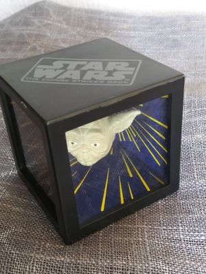 Star Wars yoda 3D olografic mirror head. for Sale in Tacoma, WA