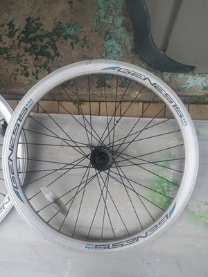 "Genesis 26""rims 8stars braket for Sale in Orlando, FL"