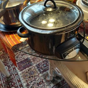 Crock Pot for Sale in SeaTac, WA