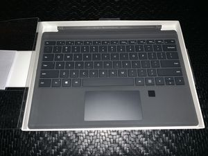 Microsoft Surface Pro Type Cover keyboard with Fingerprint ID for Sale in Ontarioville, IL